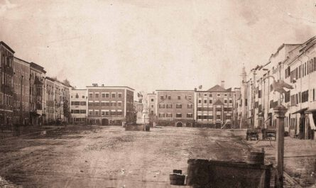 Stadtplatz Tittmoning 1881