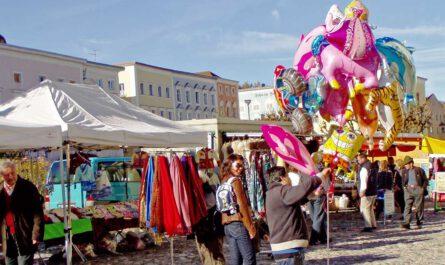 Kathreinmarkt, Markt Tittmoning, Stadtplatz,